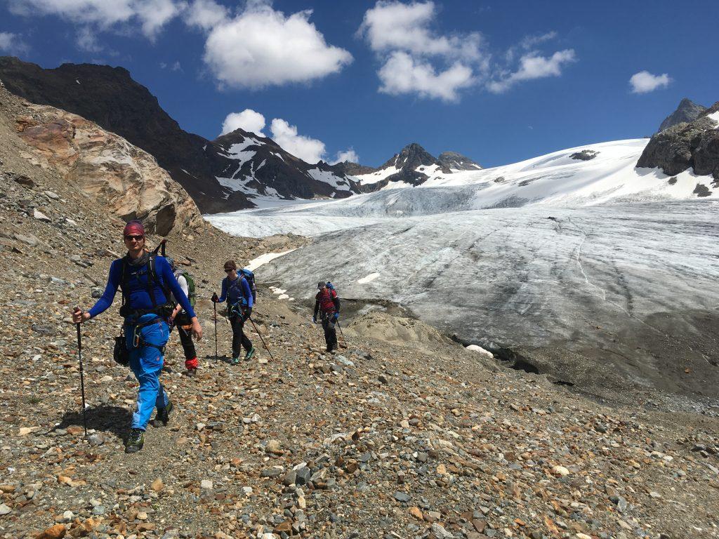 Durchquerung der Blauen Silvretta Hochtour mit Bergführer © Alex Klampfer Bergführer Vorarlberg